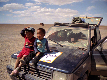 mongol rally in the gobi desert